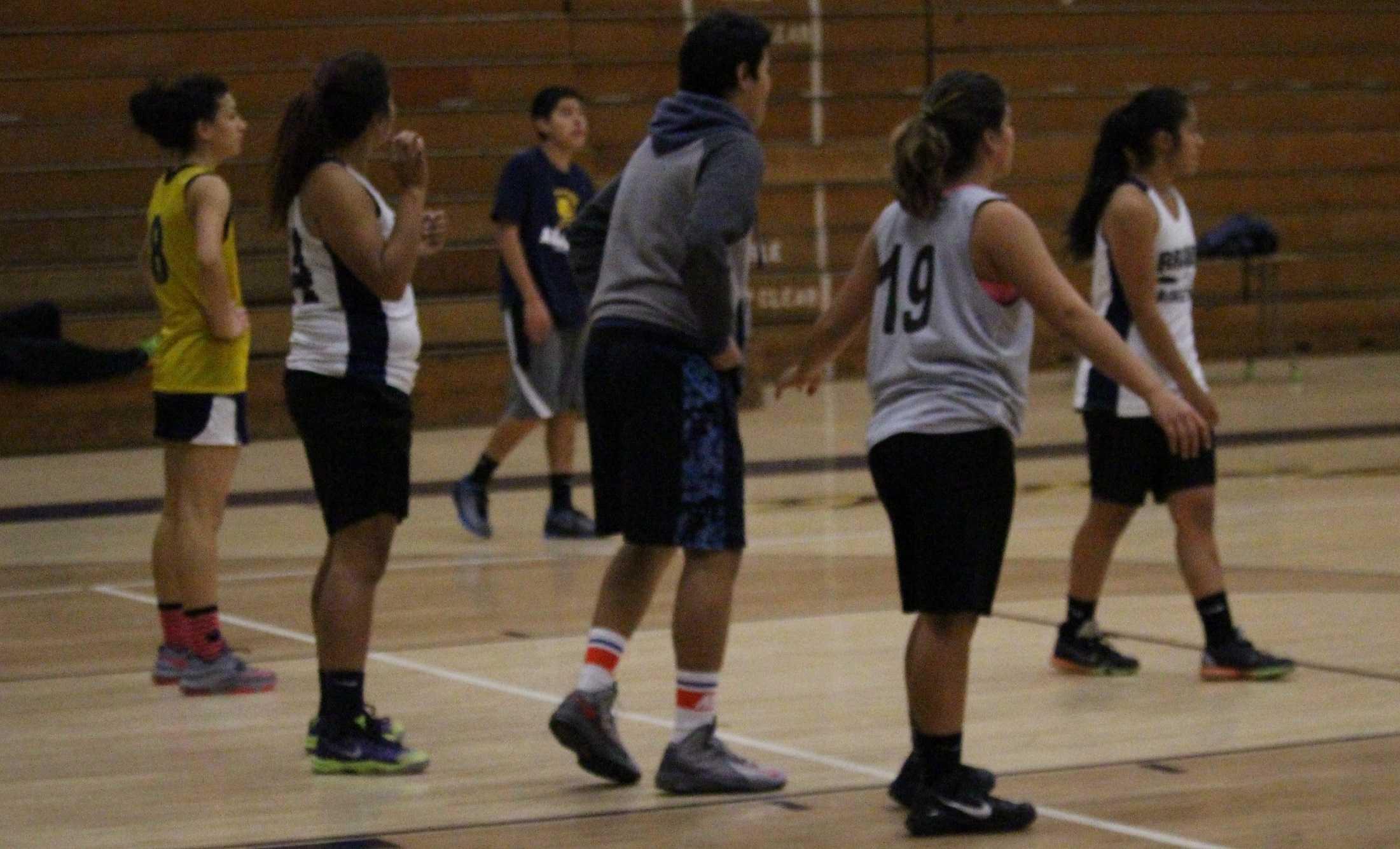 (Starting front right counterclockwise) Maggie Garcia (10), Janeth Cruz ( 11), Adriana Penate (12), Joyceline Jose (10)