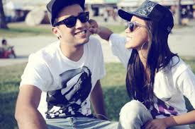 http://alfa-img.com/show/teensge-couples-laughing-together.html