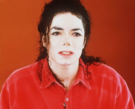 Michael Jackson responding to allegations of child molestation